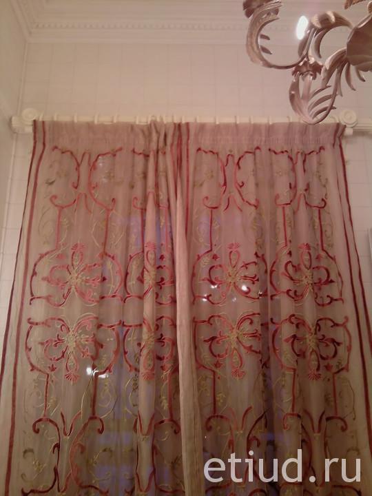 Современные занавески на окно