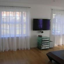 Прозрачные шторы для маленькой гостиной